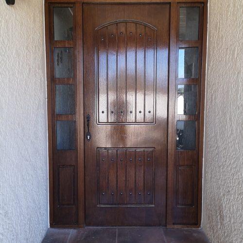 Puerta Especial con mampara